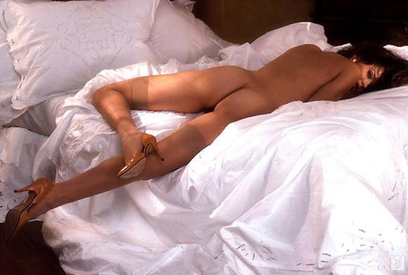 bonnie-marino-playboy-playmate-girl-naked