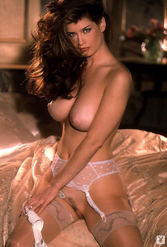 carrie-stevens-playboy-playmate-girl-naked