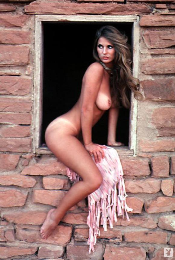 susan-smith-playboy-playmate-girl-naked