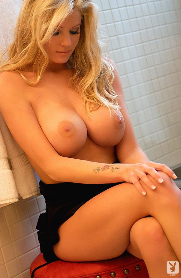 heidi-hanson-playboy-playmate-girl-naked