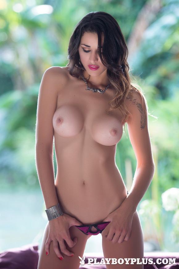 vanessa-alvar-playboy-playmate-girl-naked