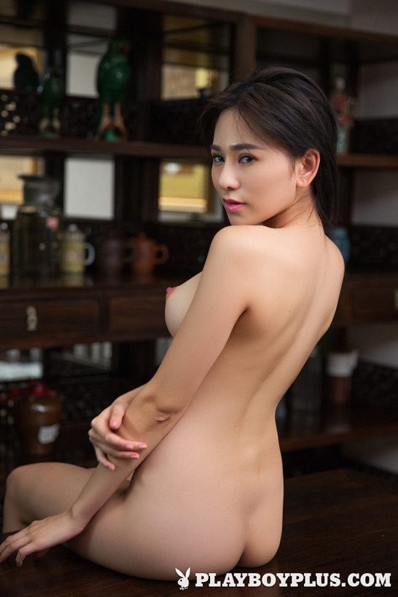 wu-muxi-playboy-playmate-girl-naked
