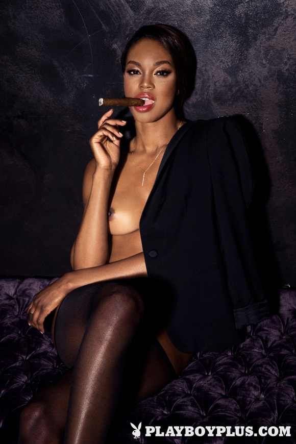 eugena-washington-playboy-playmate-girl-naked